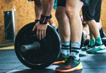 kezdő férfi súlyzós edzésterv